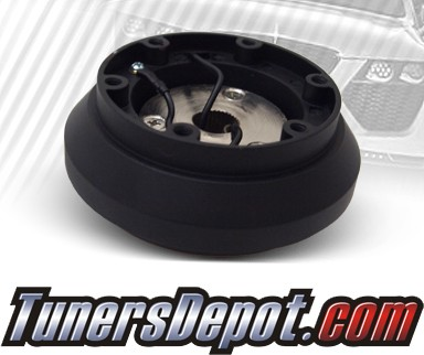 TD 6 Bolt Short Steering Wheel Adapter Hub - 96-00 Honda Civic (Black)